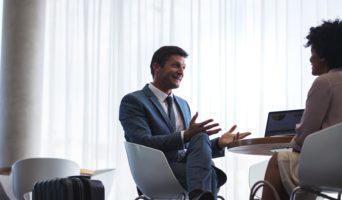 Gagnez plus d'argent avec ces cinq conseils de négociation salariale